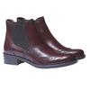 Kožené boty chelsea se zdobením typu brogue bata, červená, 594-5532 - 26
