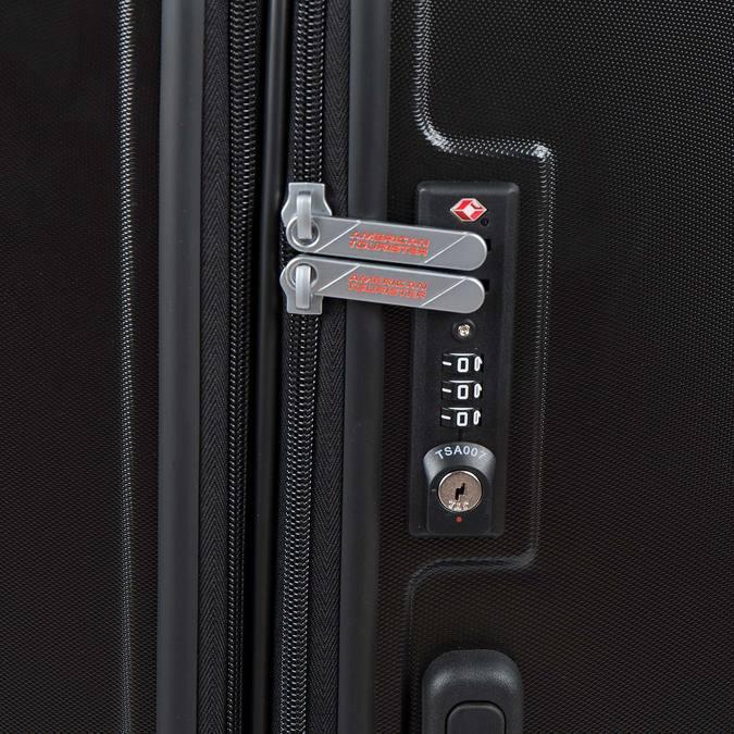 Černý kufr na kolečkách american-tourister, černá, 960-6607 - 17