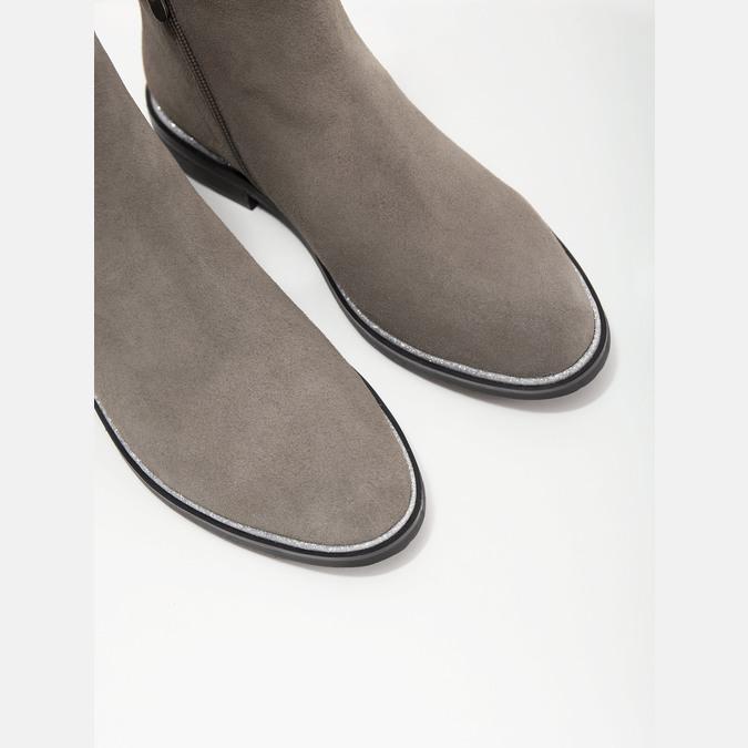 Kotníčková obuv z broušené kůže bata, šedá, 593-2603 - 14