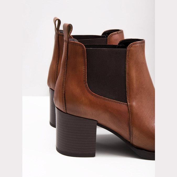 Kotníčková kožená obuv na podpatku bata, hnědá, 694-4641 - 18