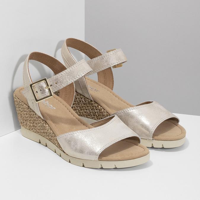 Kožené stříbrné sandály na klínku gabor, stříbrná, 766-5015 - 26