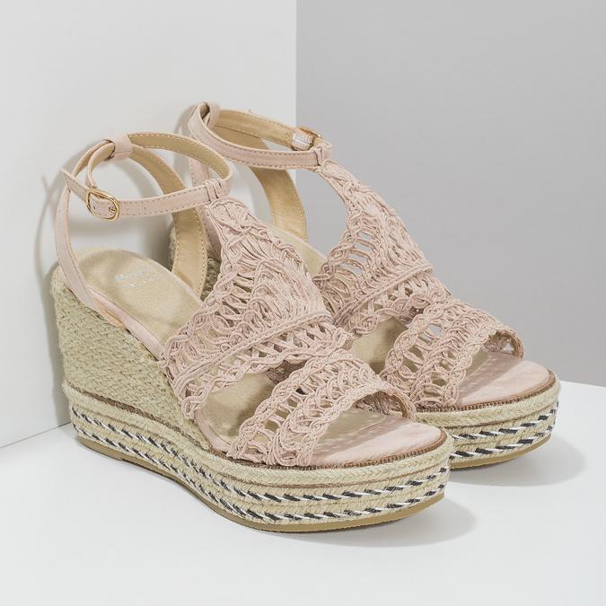 Proplétané sandály na platformě bata, růžová, 759-8633 - 26