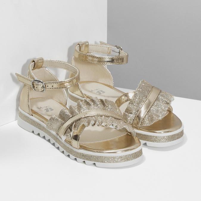 Zlaté dívčí sandály s volánem mini-b, zlatá, 361-8253 - 26