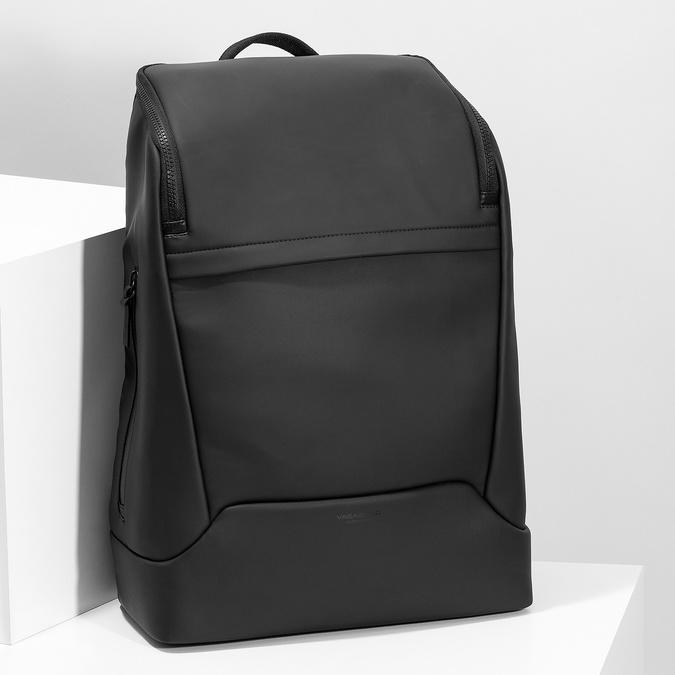 Minimalistický černý batoh vagabond, černá, 961-6049 - 17