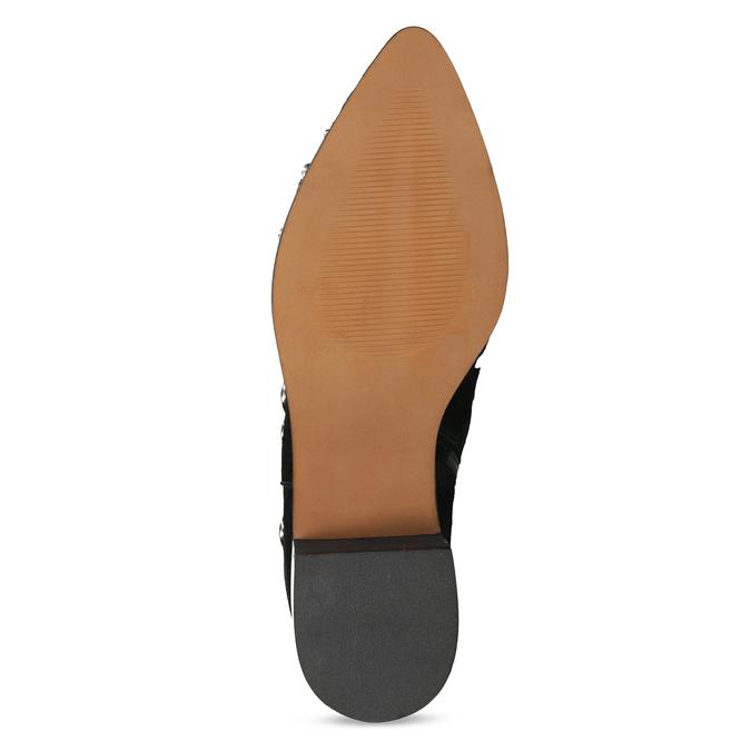 Kotníčkové kožené kozačky s kovovými cvoky bata, černá, 693-6605 - 18