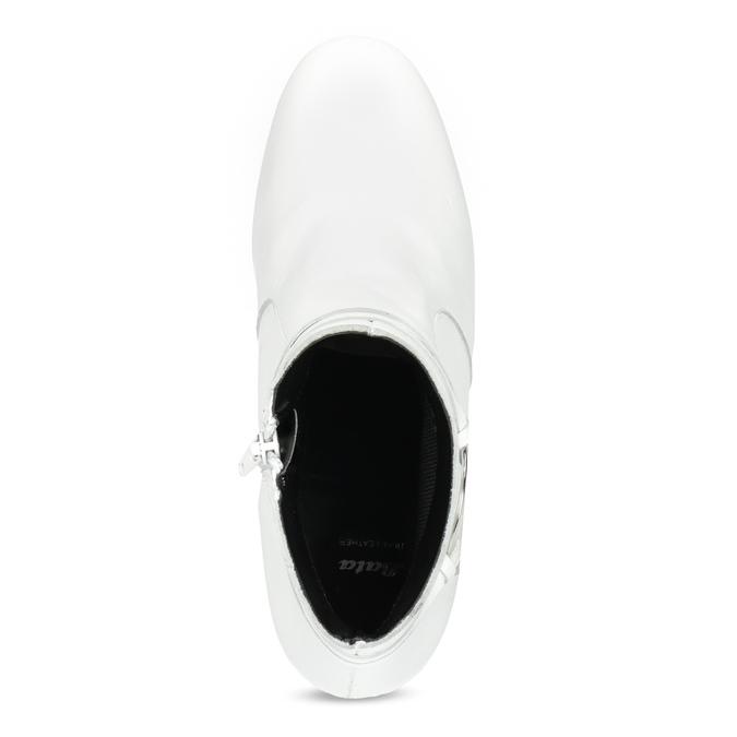 Bílá kožená kotníčková obuv s přezkou bata, bílá, 694-1673 - 17