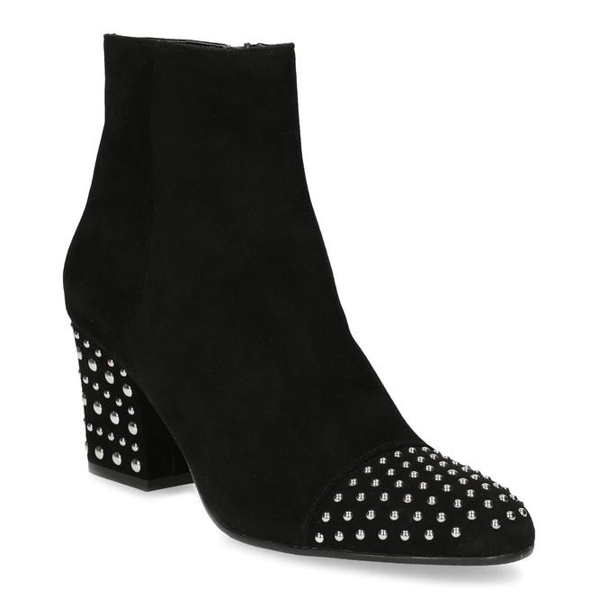 Kotníčkové kožené kozačky s kovovými cvoky bata, černá, 793-6615 - 13