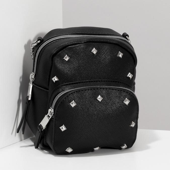 Černá Crossbody kabelka s řetízkem a se cvoky bata, černá, 961-6965 - 17