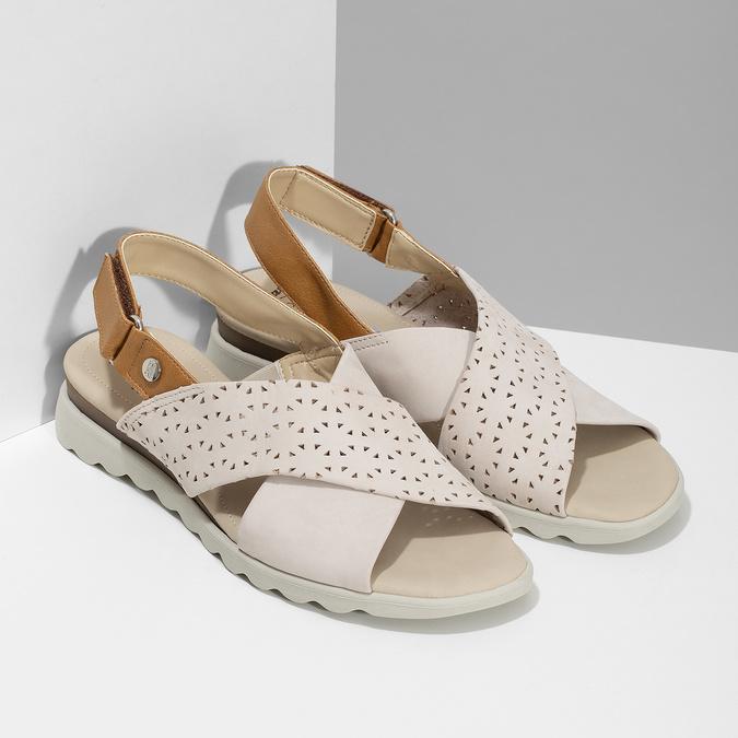 Béžové dámské kožené sandály s perforací comfit, béžová, 566-8610 - 26
