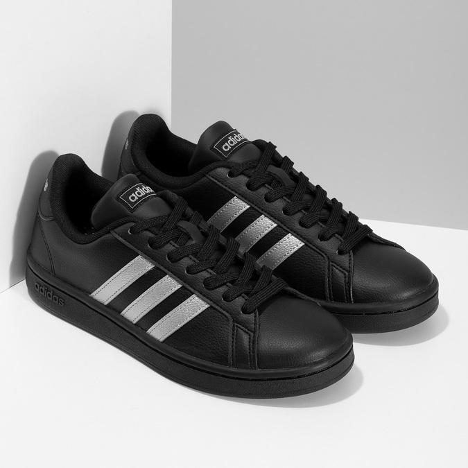 Dámské černé tenisky se stříbrnými detaily adidas, černá, 501-6221 - 26