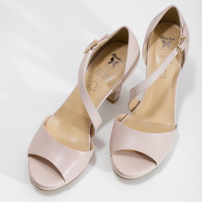 Tělové kožené sandály s asymetrickým páskem insolia, béžová, 764-8600 - 16