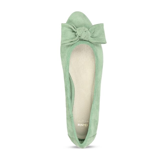 Zelené dámské baleríny s mašlí bata, zelená, 529-7602 - 17